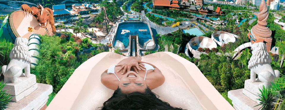 Siam-Park con el gran tobogán. Gran Canaria puede perder la inversión.