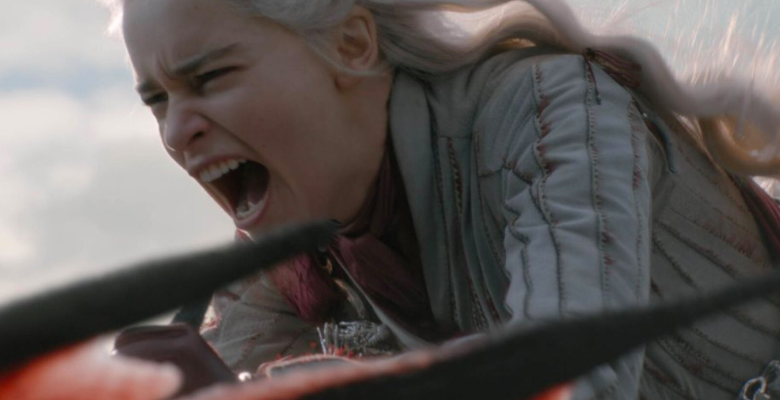 """¡Madre mía lo que ha cambiado nuestra querida Khaleesi...! """"Amor no, miedo entonces..."""" (Foto HBO)"""