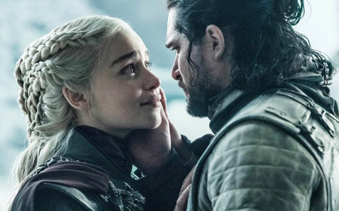 Y Jon Nieve acabó con la ambición de Daenerys Targaryen de la forma más dramática.